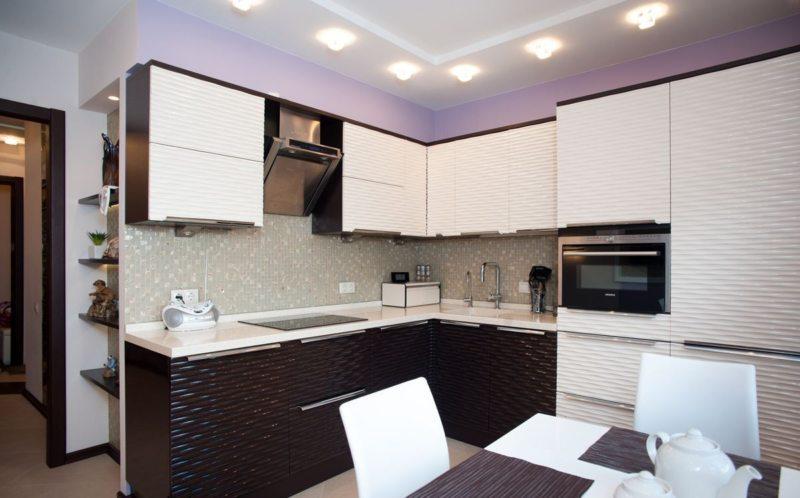Plannen van een keuken met een loggia. vierkante meter en een balkon ...